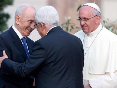 Peres, Abbas und Franziskus
